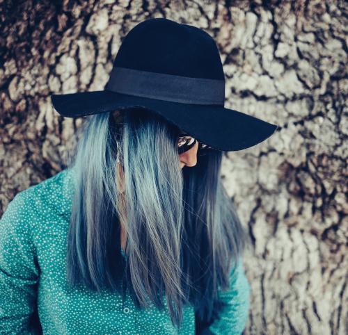 girl with long blue hair