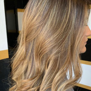 girl with wavy hair after styling